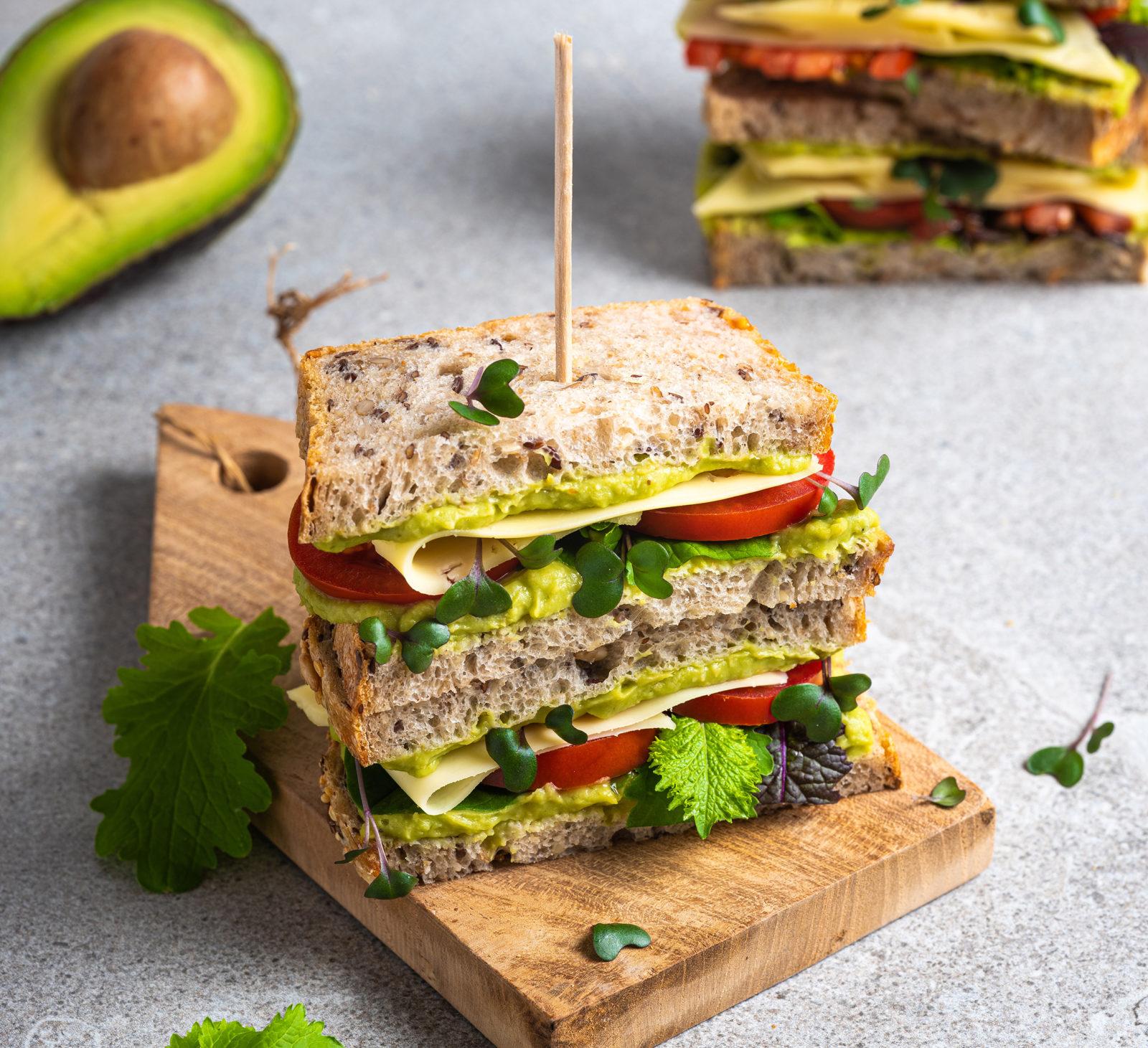 Sandwich med Plantego' avokado og ost