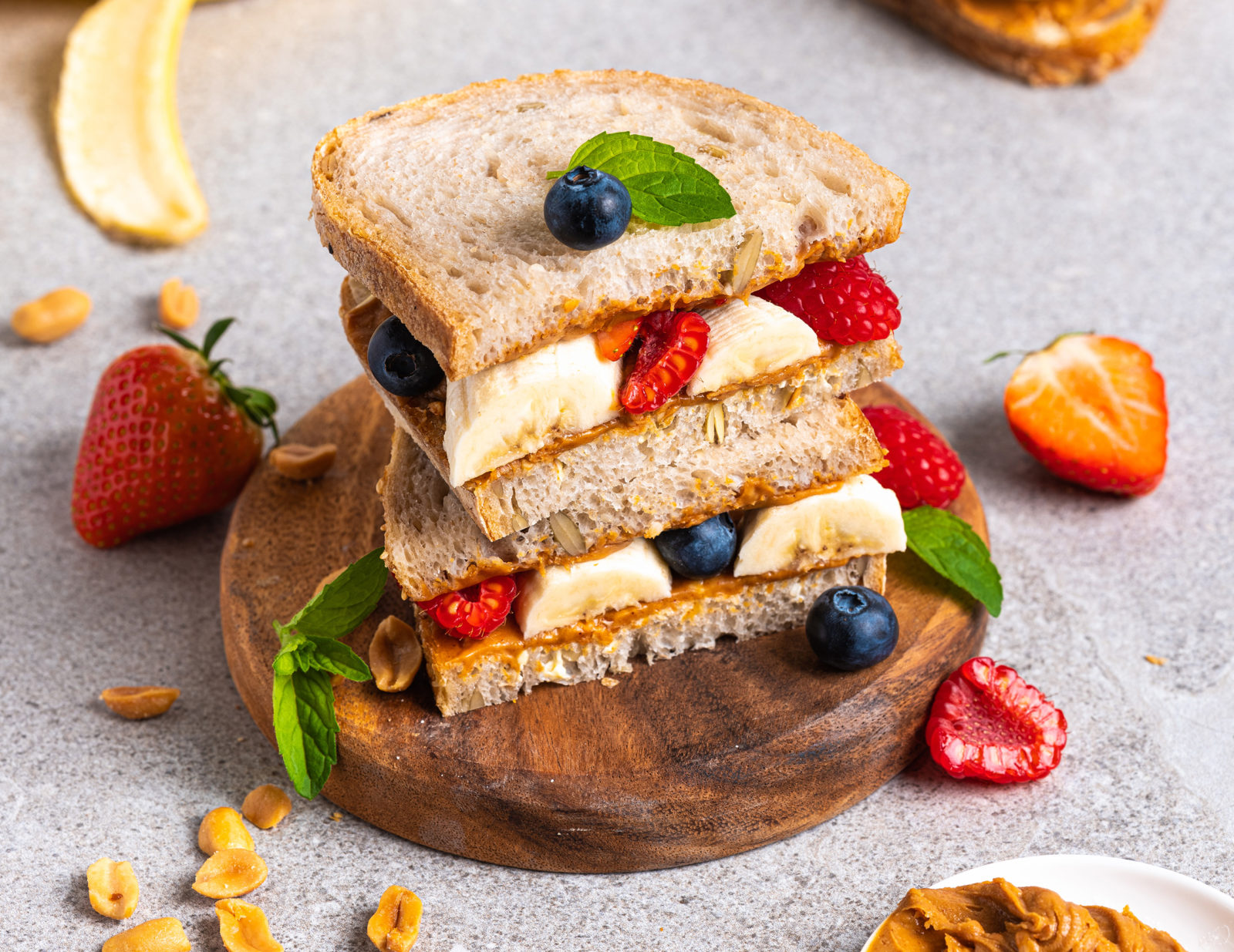 Banan og peanøttsmør sandwich