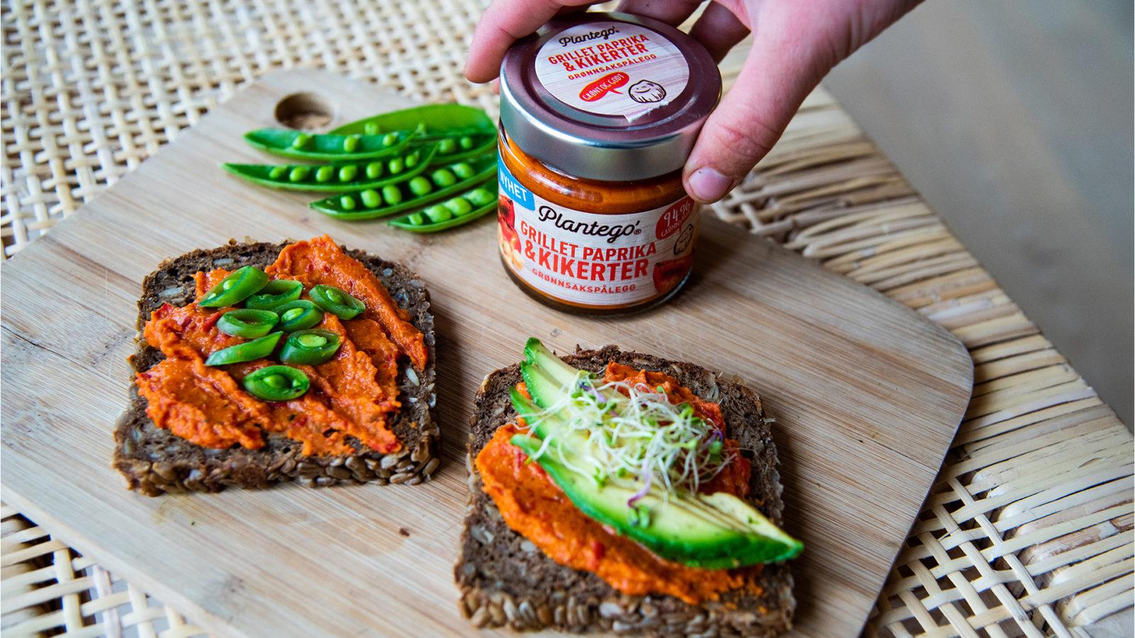 Rugbrødtoast med PLantego' Grillet paprika og kikerter