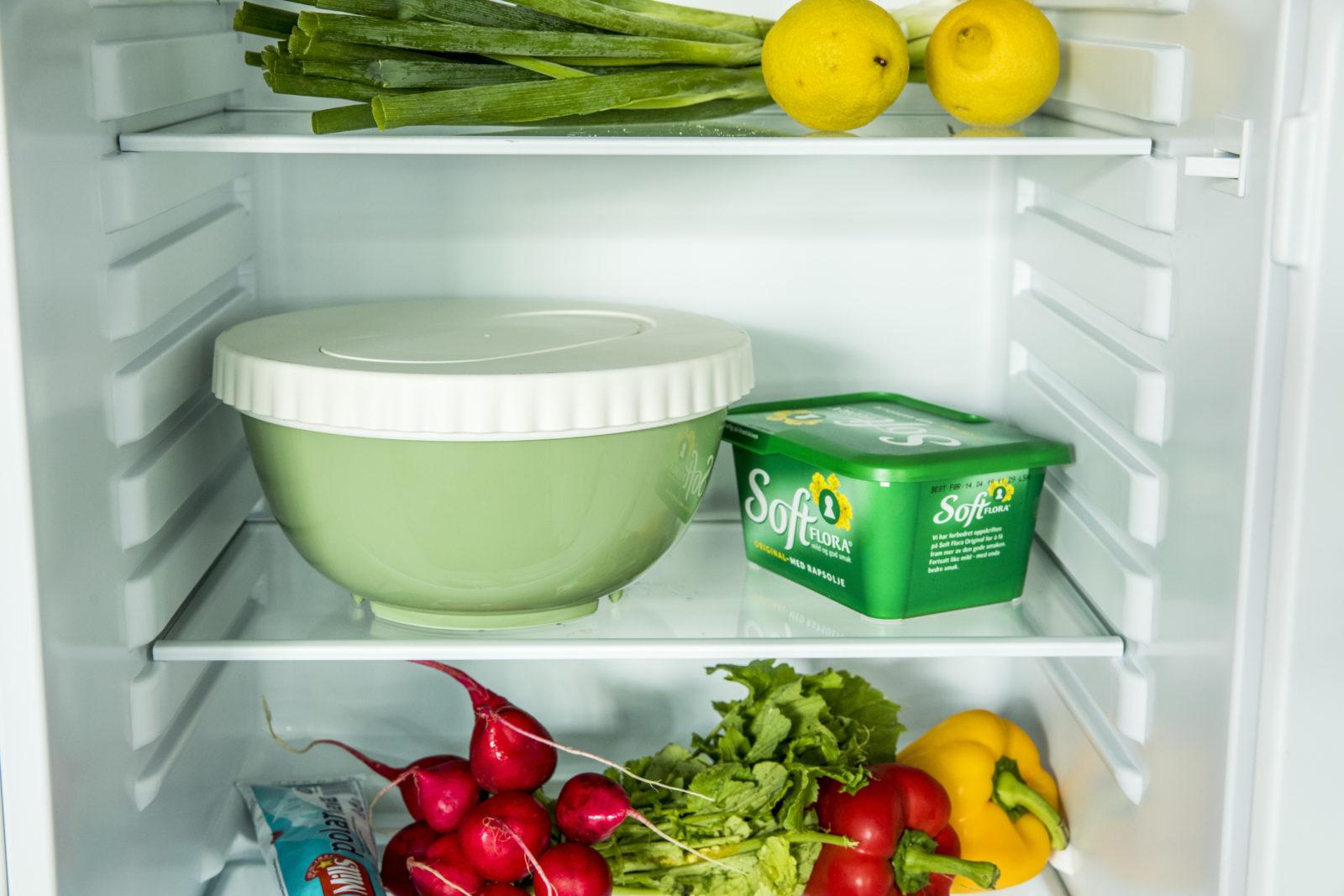 Deig til eltefrie rundstykker i lukket bolle i kjøleskap
