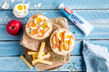 Matpakke med kaviar og egg