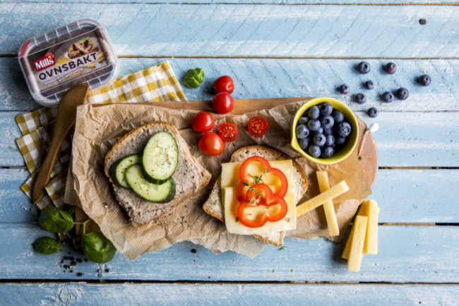 Matpakke med leverpostei og gulost