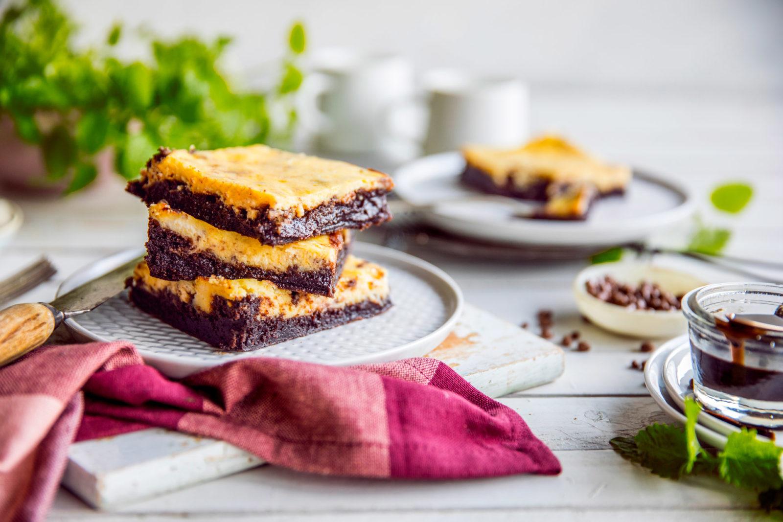 Brownie med ostekrem
