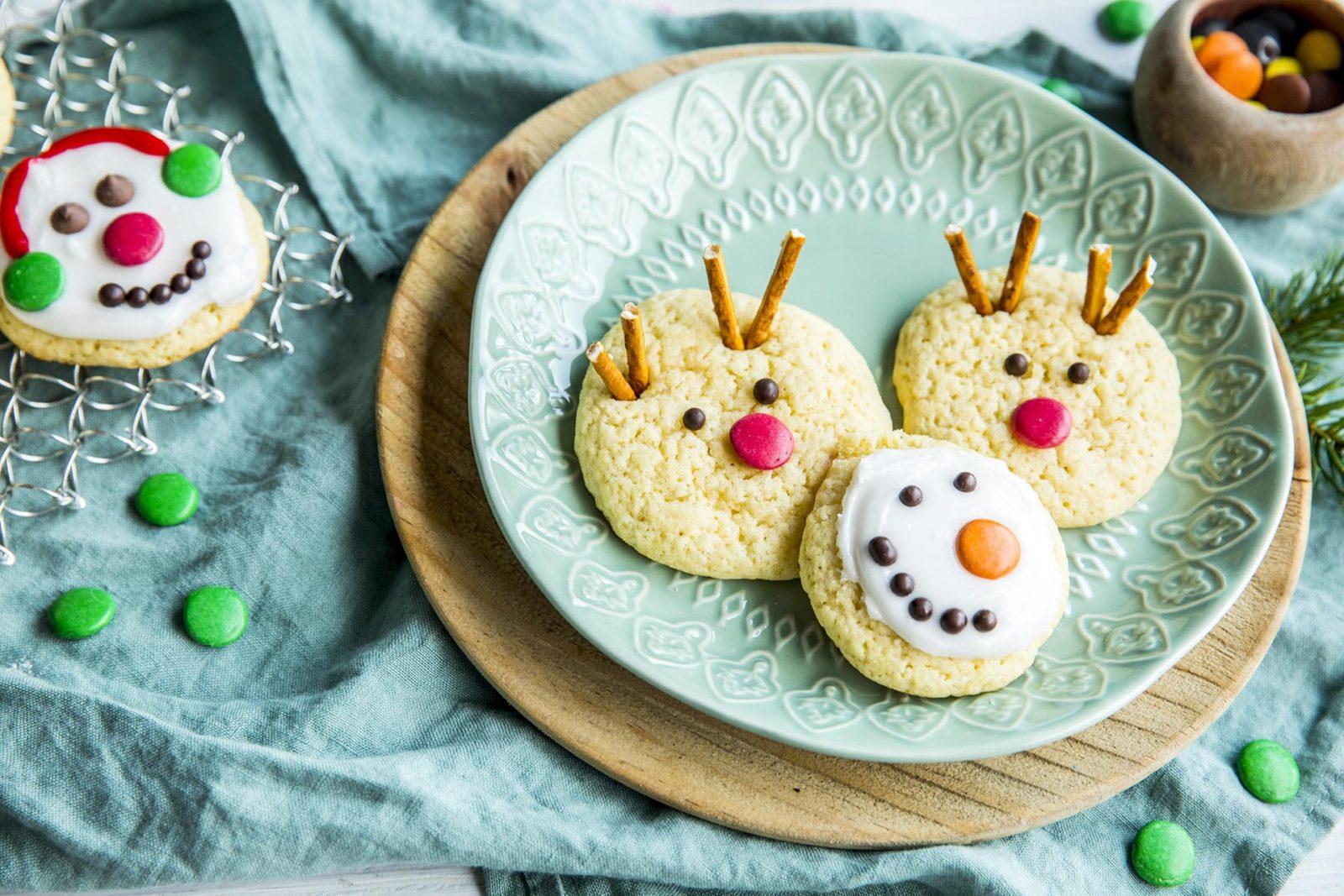 Barnas julekjeks med Rudolf, Olaf og nissen