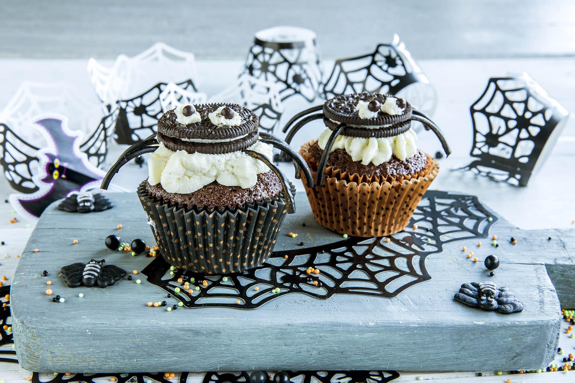 Halloween muffins edderkopper
