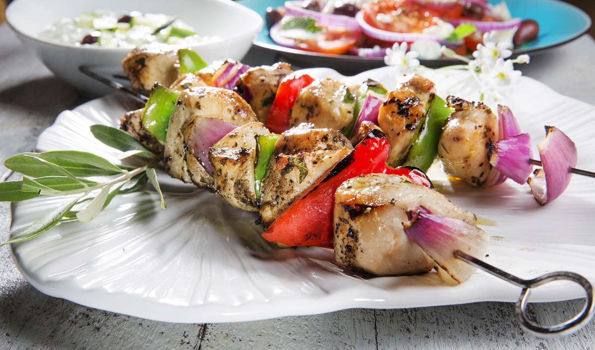 grillspyd med kylling og paprika