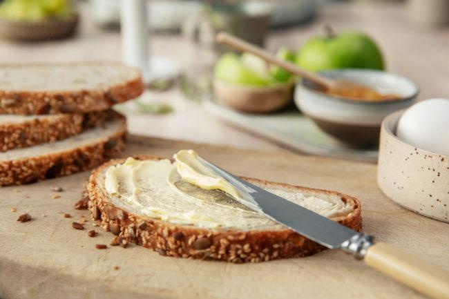 Brødskive med margarin